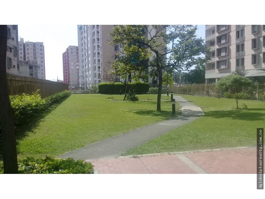 patios de la flora excelente apartamento fresco vista al parque