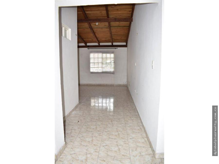 2 nueva tequendama casa grande excelente ubicacion facil negociacion