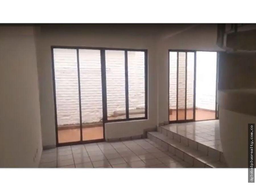 pampalinda casa para la venta 2 pisos