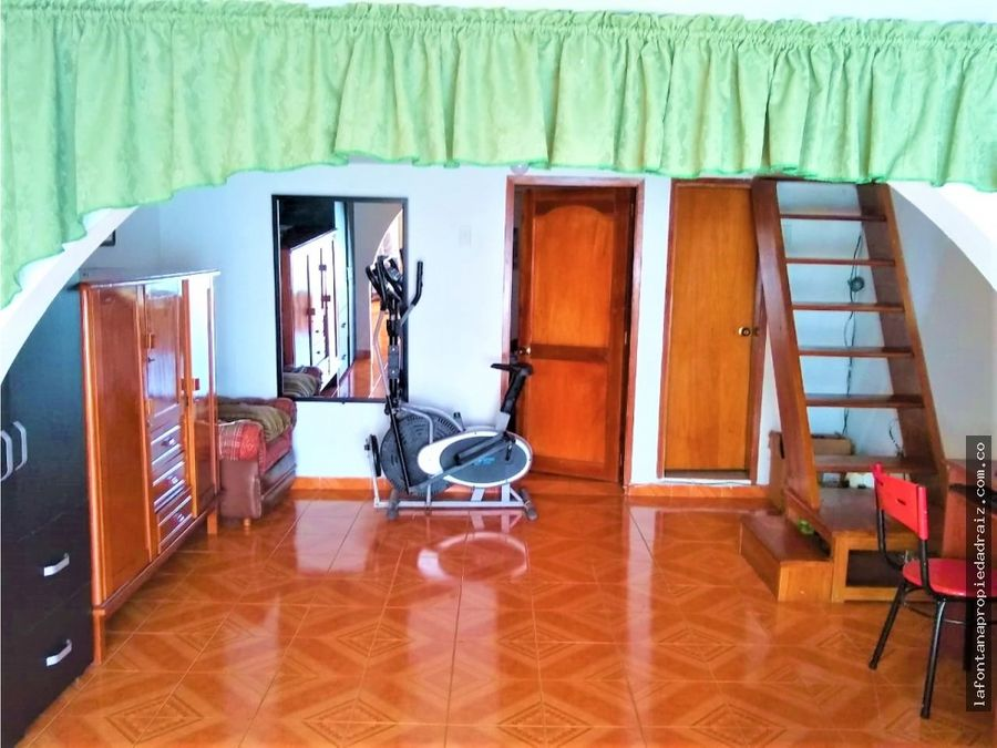 venta de casa con renta en peralonso
