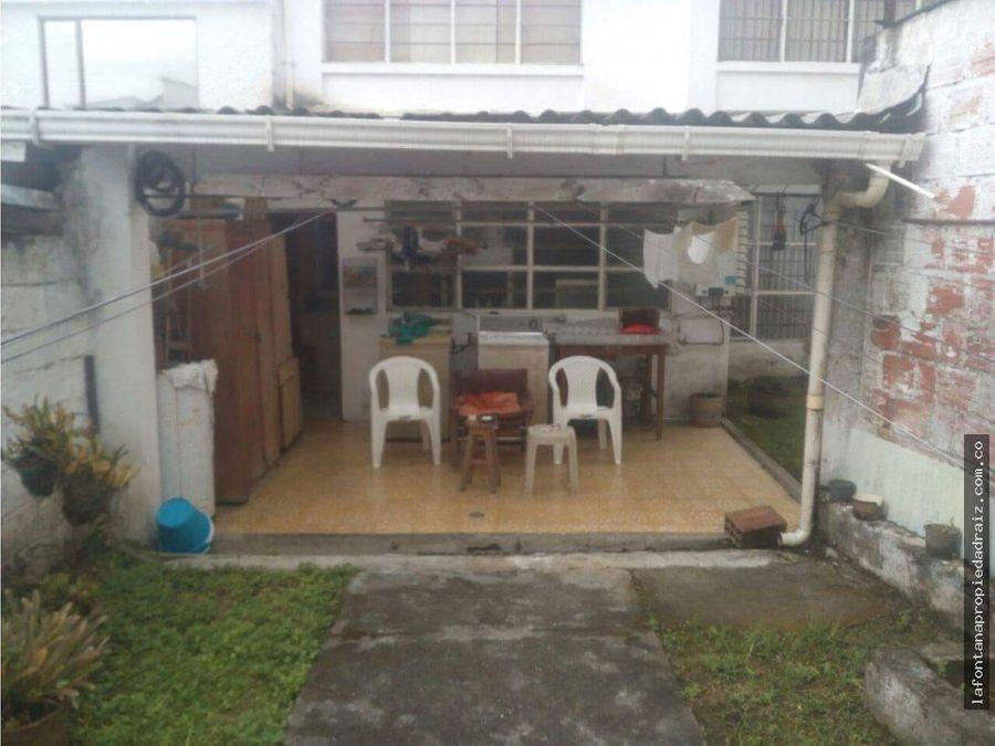 vende casa en el sector de palermo