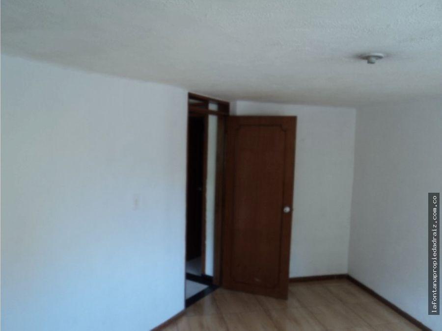 vende apartamento en villa carmenza