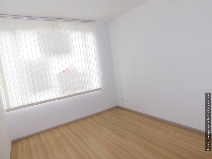 venta de apartamento en la av alberto mendoza