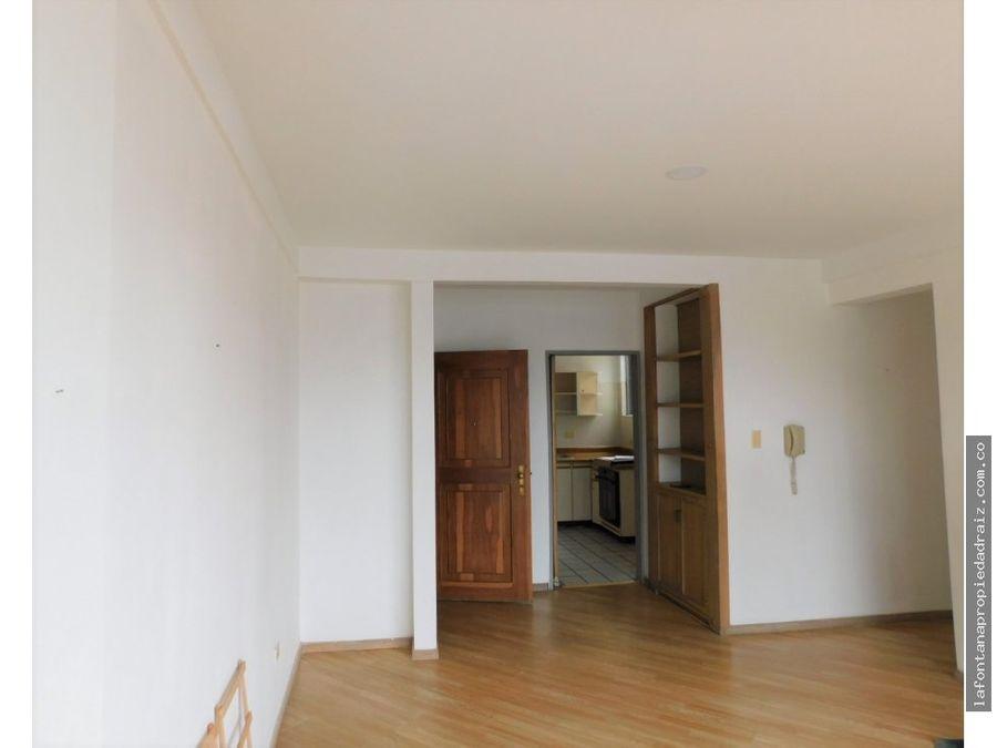 venta de apartamento en la leonora
