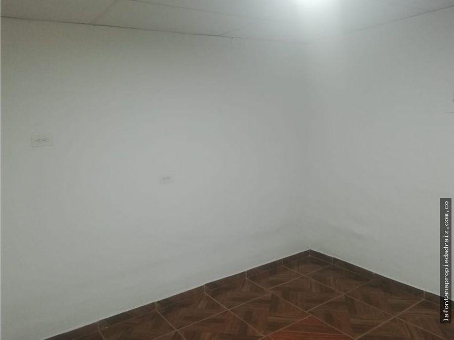 vende casa con renta en la carola