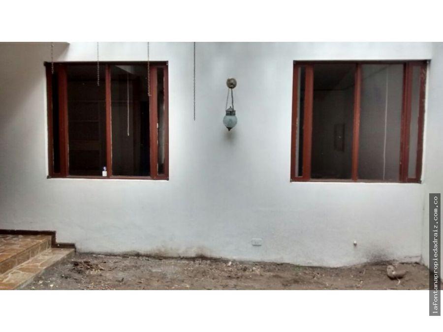 vende casa en el barrio belen