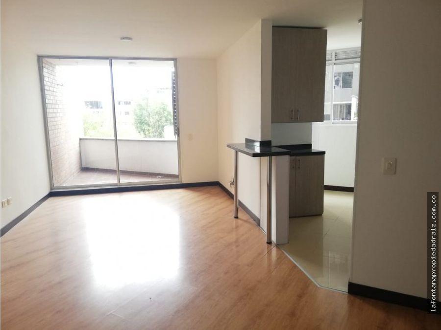 arrienda amplio y moderno apartamento