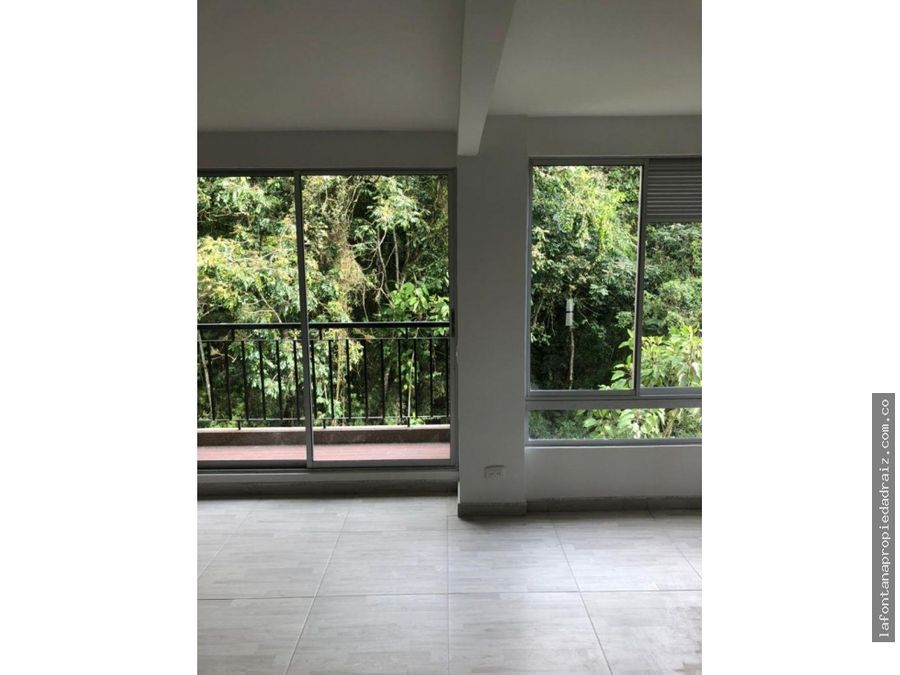 arrienda apartamento en niza