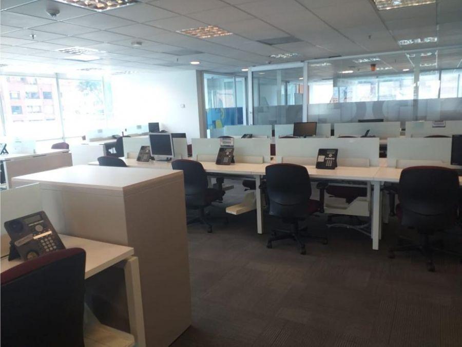 oficina edificio amadeus calle 104 de 1286 m2