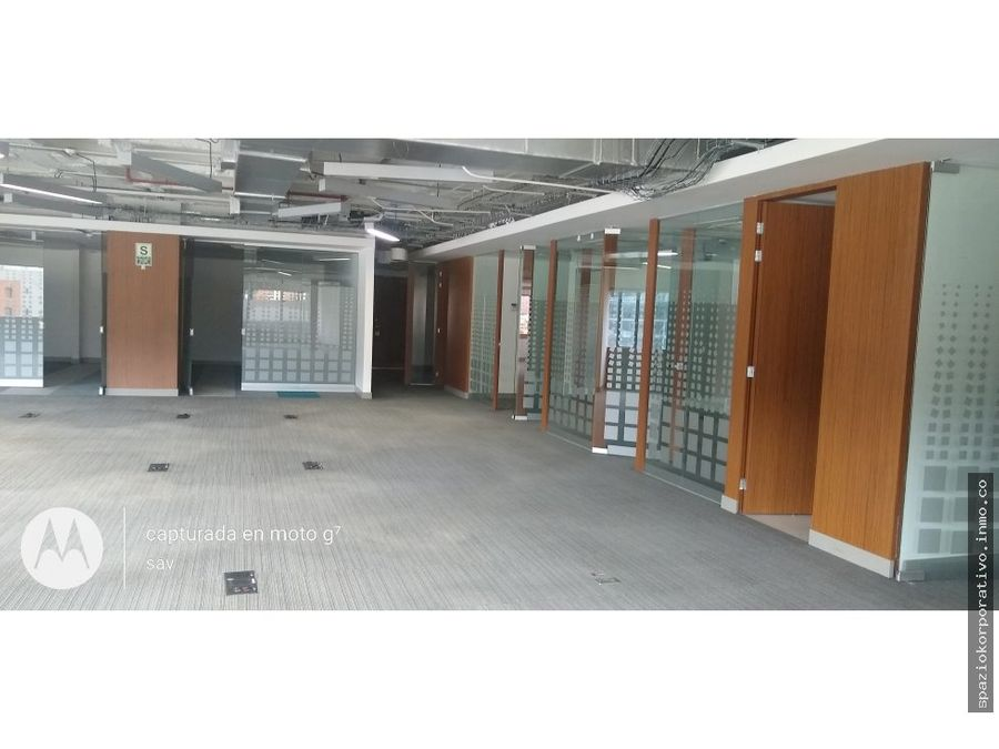 oficina arriendo wtc de 270 m2