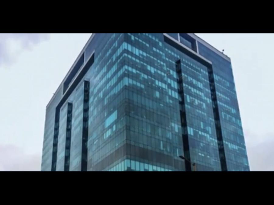 oficina amoblada santa barbara edif aaa 2300 m2