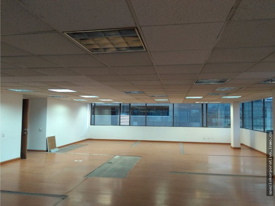 oficina arriendo edif espectrum de 171 m2