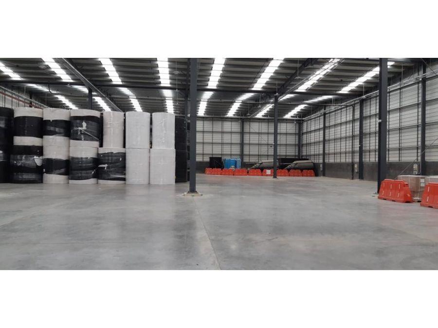 bodega vta y arrdo zf gachancipa de 3742 m2