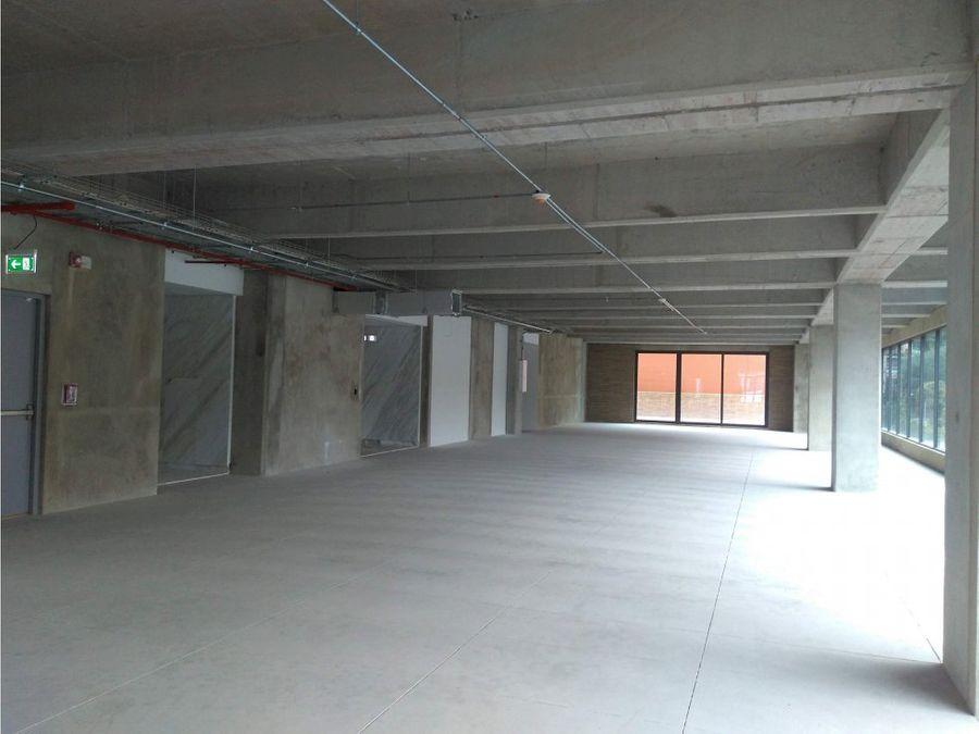 oficina arriendo edif aaa torre 123 de 1841 m2