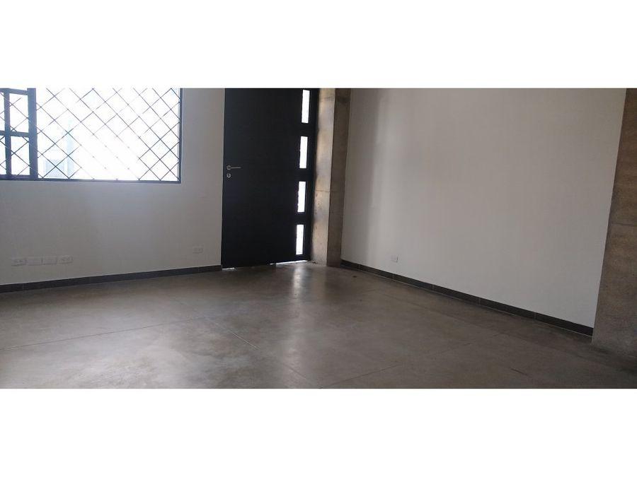 edificio de oficinas normandia 300 m2