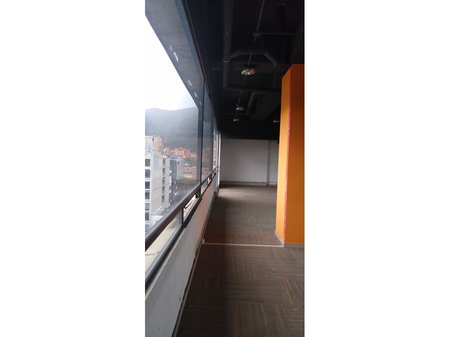oficina venta o arriendo edificio bussines center de 180 m2