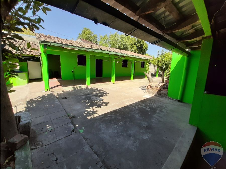 casa amplia en san vicente con vocacion comercial
