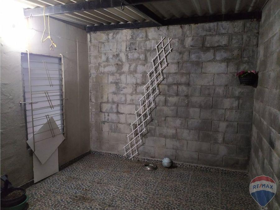 casa en alquiler con vocacion comercial o para vivienda en mejicanos