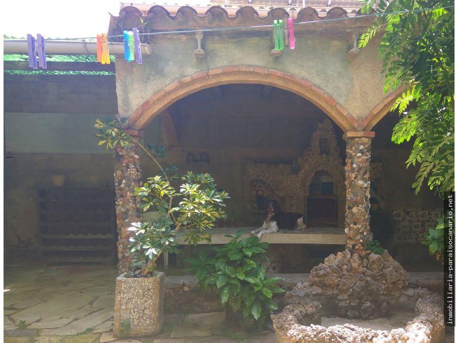 casa de pueblo en motbrio