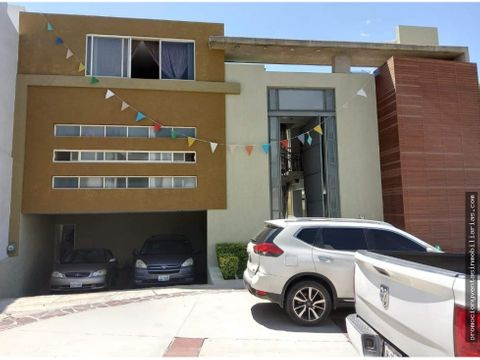 hermosa casa con alberca en altavista residencial zapopan