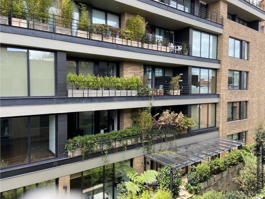 rosales moderno con balcon