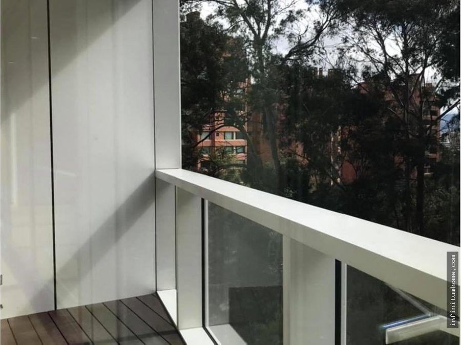 chico piso alto con terraza