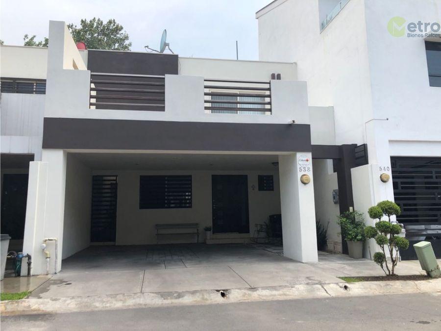 casa en venta en puerta de hierro monterrey amg