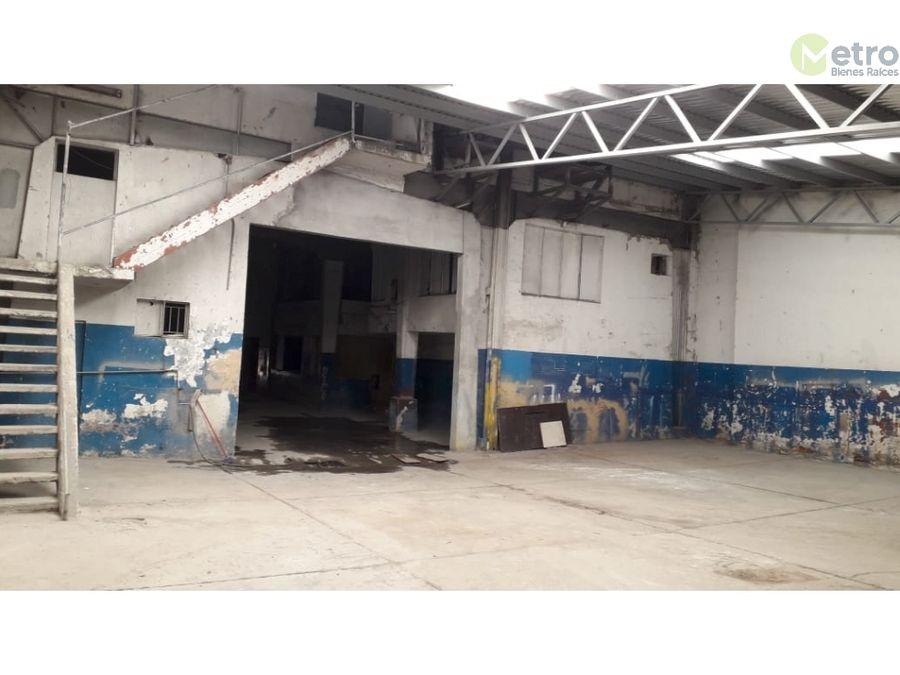 venta de terreno en el centro 585 m 2 cestructura de bodega mao