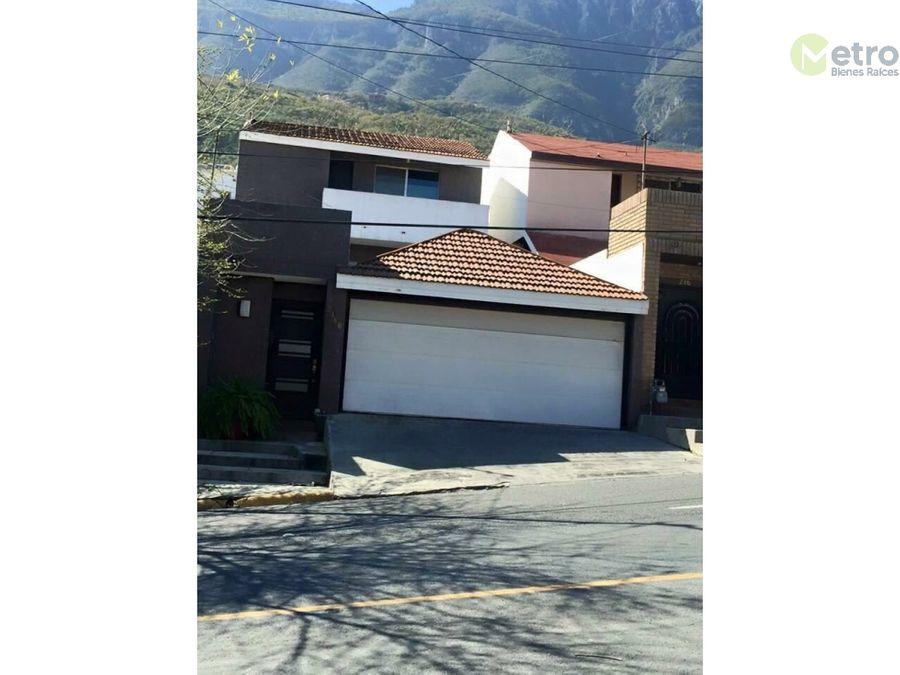 lomas del valle casa en venta sobre avenida mst