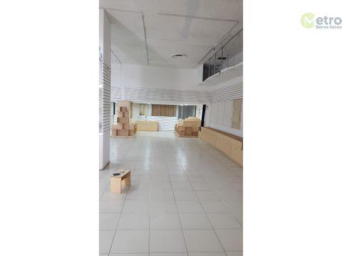 renta de local 5 pisos av principal en el centro de 930 m 2 mao