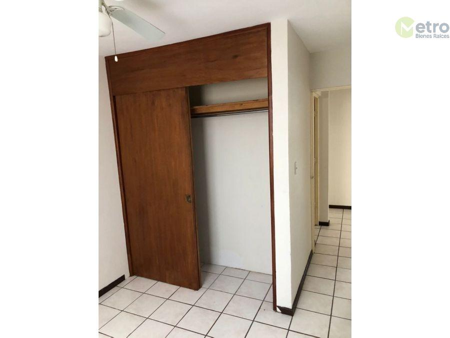casa en renta en mirador de la silla 1er sec nlc