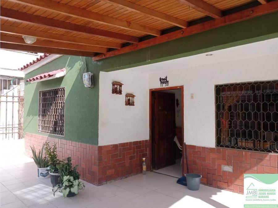 casa con excelente ubicacion en gayra santa marta