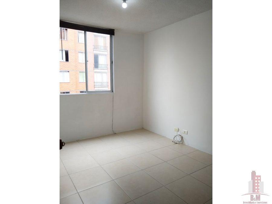 se vende apartamento en rincon de la flora etapa ii