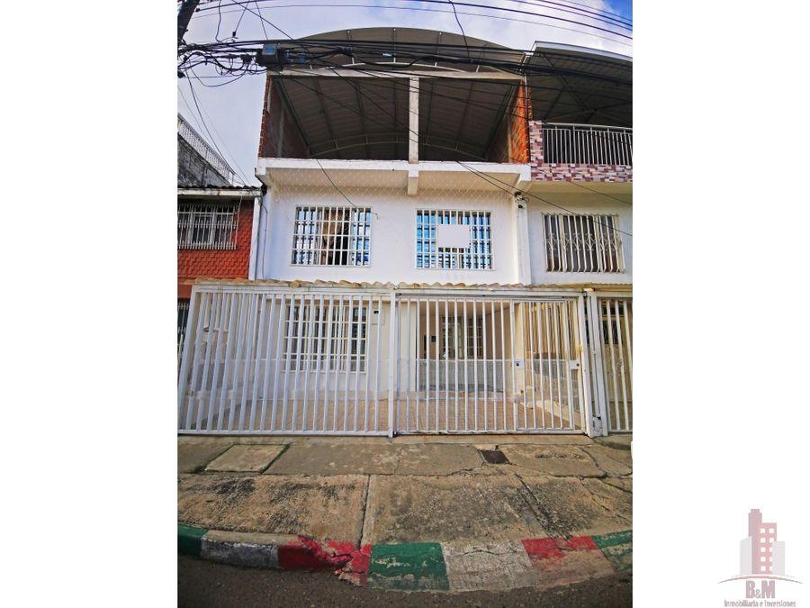 casa en venta la base oriente cali