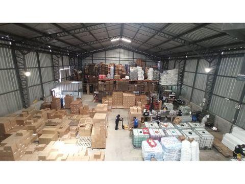 venta de oportunidad galpon industrial amaguana con amplio terreno