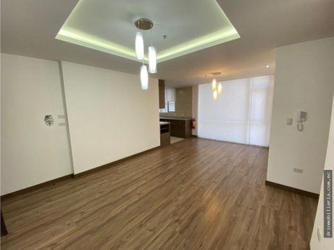 venta departamento 2 domitorios nueva piso alto