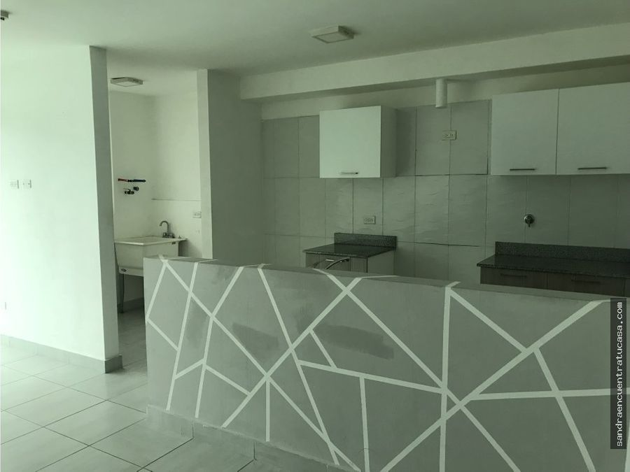 vendo apartamento en via espana cerca d estacion de metro