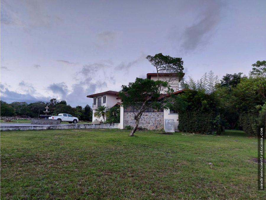 hermosa casa en hacienda los molinos