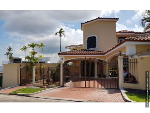vendo mansion en bethania