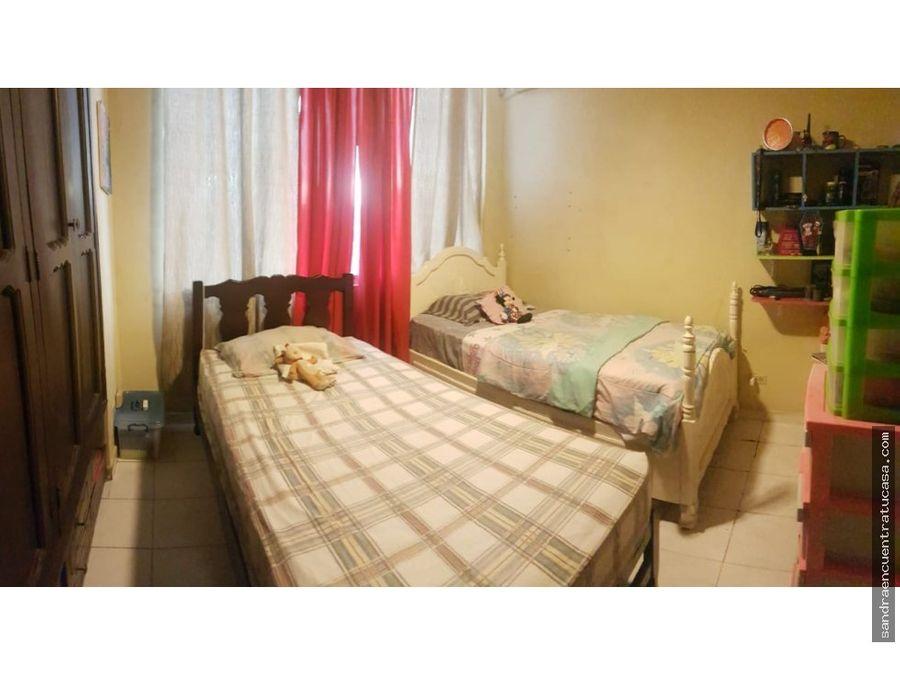 alquilo apartamento de 2 recamaras bellavista ganga