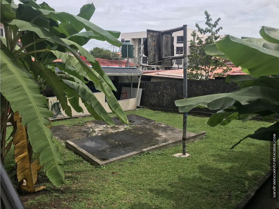 vendo casa amplia en club x de betania