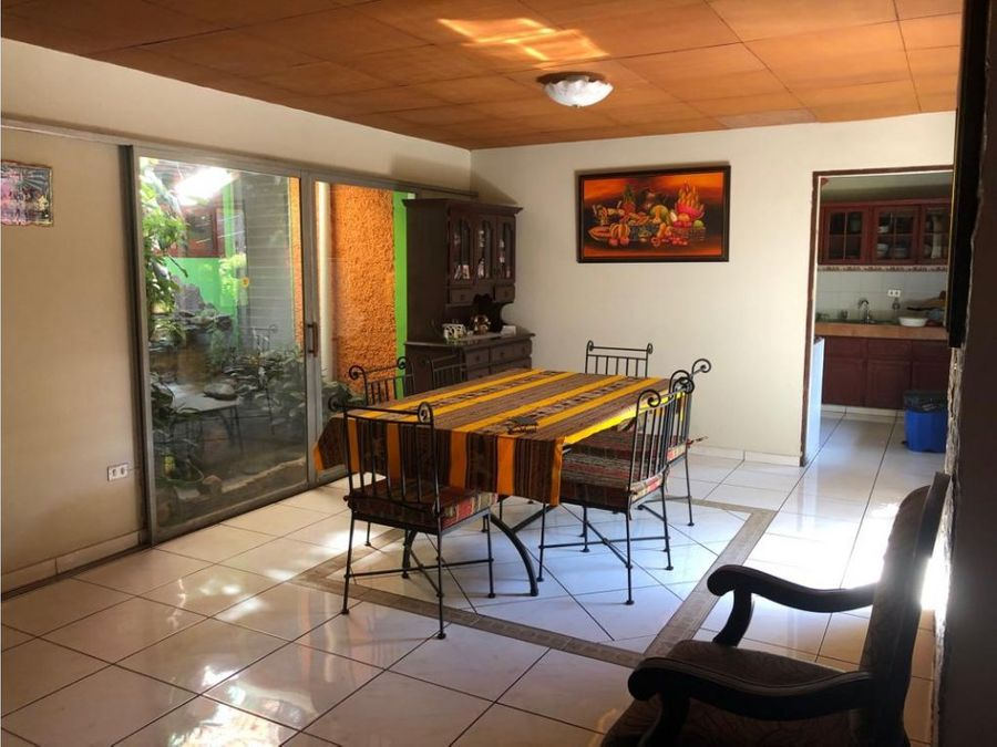 se vende casa en escalon ideal para oficinas