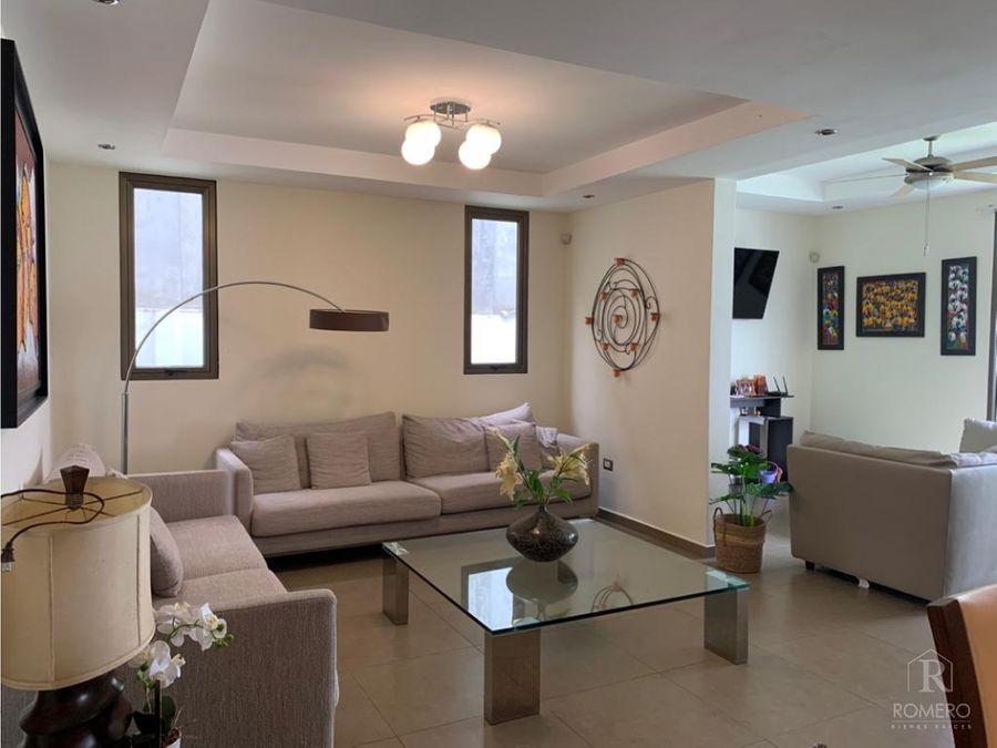 moderna casa en cumbres de cuscatlan 4 habitaciones