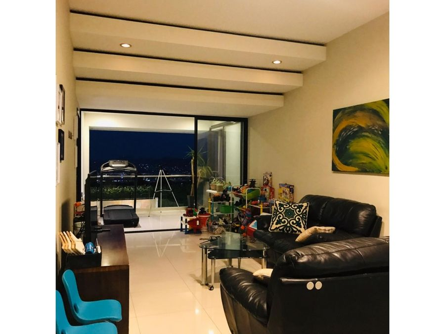 exclusiva residencia en zona alta de colonia escalon con vista
