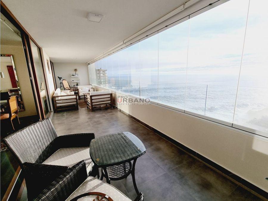 full vista asegurada al mar