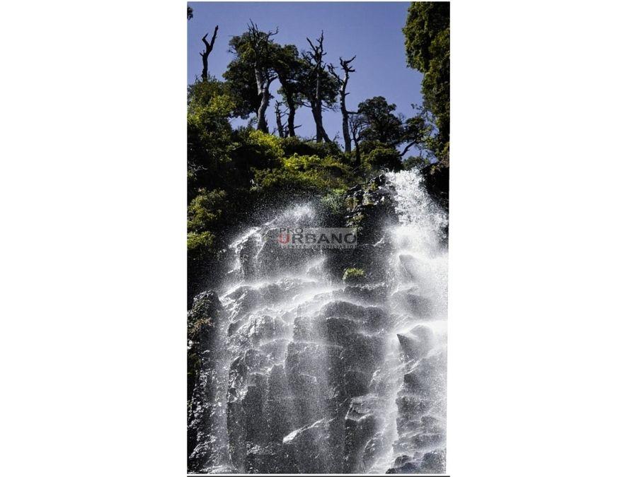 455 hectareas con cascada y rio en precordillera