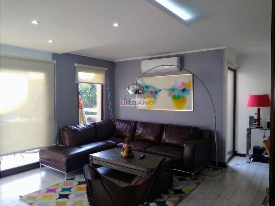 moderna casa estilo contemporaneo en lo barnechea