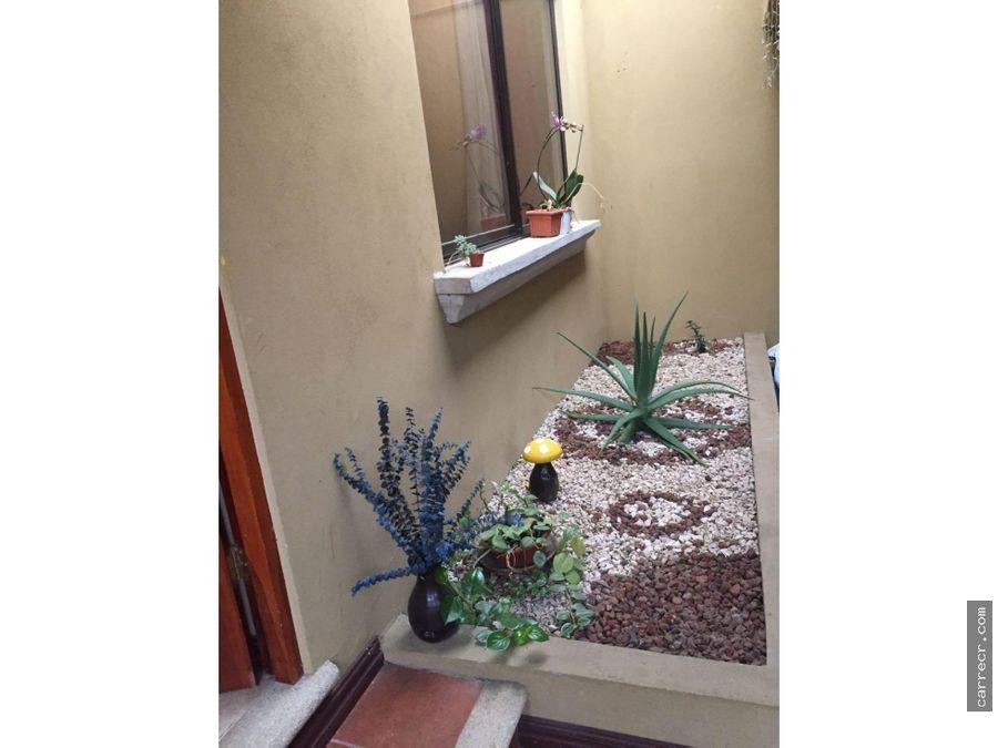 casa de una planta en san rafael de montes de oca