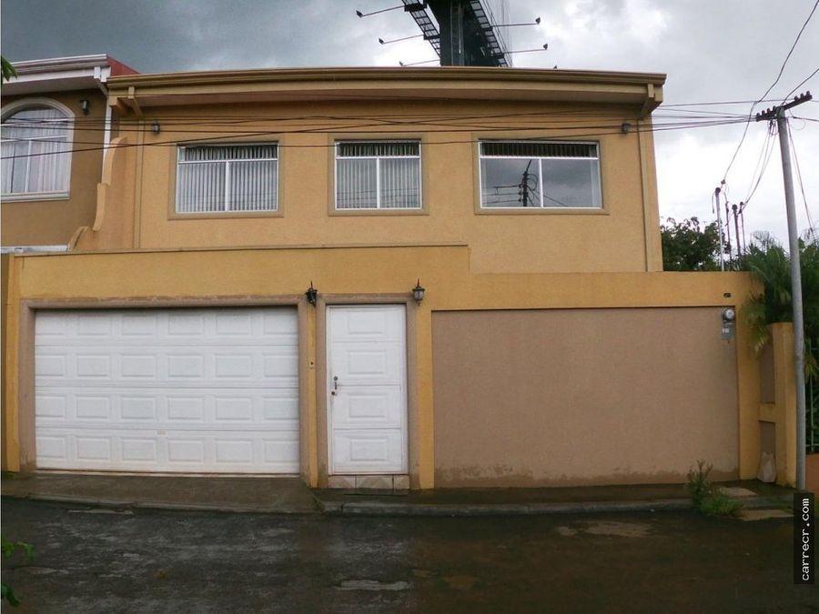 casa en venta en residencial montufar tres rios