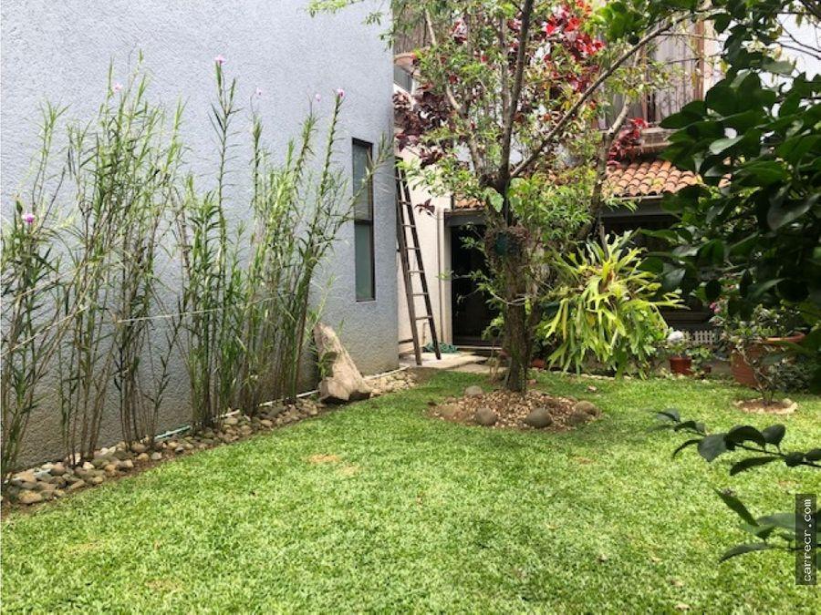 casa de dos plantas en guayabos curridabat